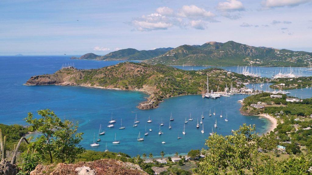 Antigua & Barbuda lisenssit kasinoille komeissa maisemmissa